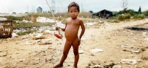 karen trash kids 300x138 Karen Village on the Thai Myanmar Border